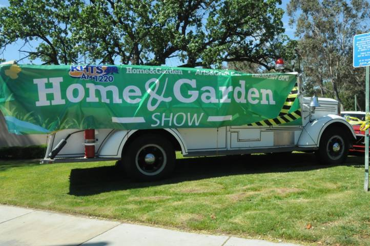 Home and garden show 2015 photos khts am 12202019 khts santa clarita home and garden show for Cal expo home and garden show 2017